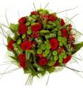Букет Горячая штучка из роз и хризантем в красивой упаковке