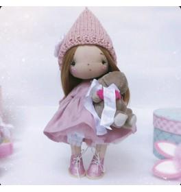 Кукла Бусинка в шапочке