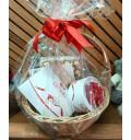 Подарочный набор Изысканность из конфет Raffaello и Ferrero Rocher в корзине с декором