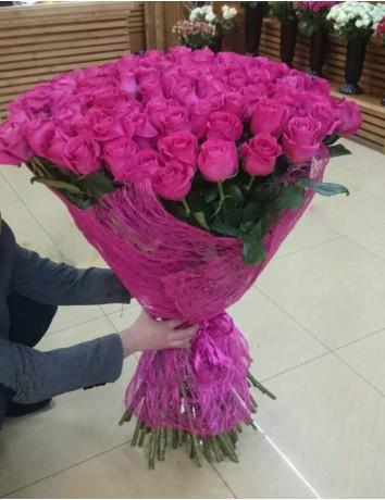 Букет Безграничная любовь из голландской розовой розы