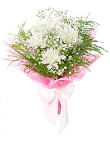 Букет Эльф из белых кустовых хризантем