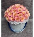 Букет Мисс Пигги из 41 розы в шляпной коробке
