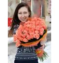 Букет Сладкие встречи из 51 розы сорта Мисс Пигги