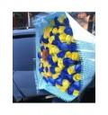 Букет Морской прибой из 101 синей и желтой розы
