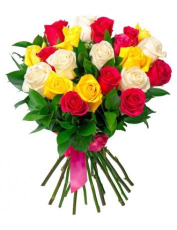 Букет Улыбка красавицы из красных, белых, желтых роз с руксусом