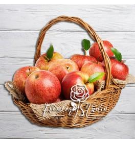 Фруктовая корзина Красное яблочко