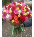 Букет Триумф из 101 разноцветной розы