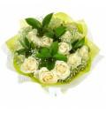 Букет Лунная соната из белых роз и гипсофилы с руксусом