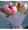 Букет Краски художника из разноцветных тюльпанов